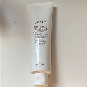 Fresh Soy Face Cleanser FULL SIZE. UNUSED